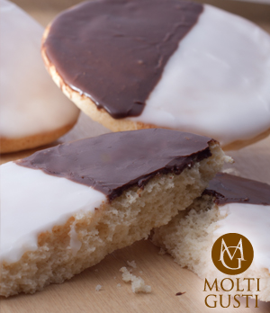 New York Style Black &White Cookie by Molti Gusti